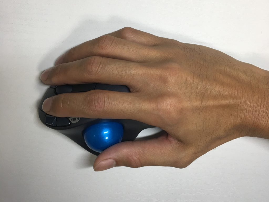 ロジクールワイヤレストラックボールマウスSW-M570