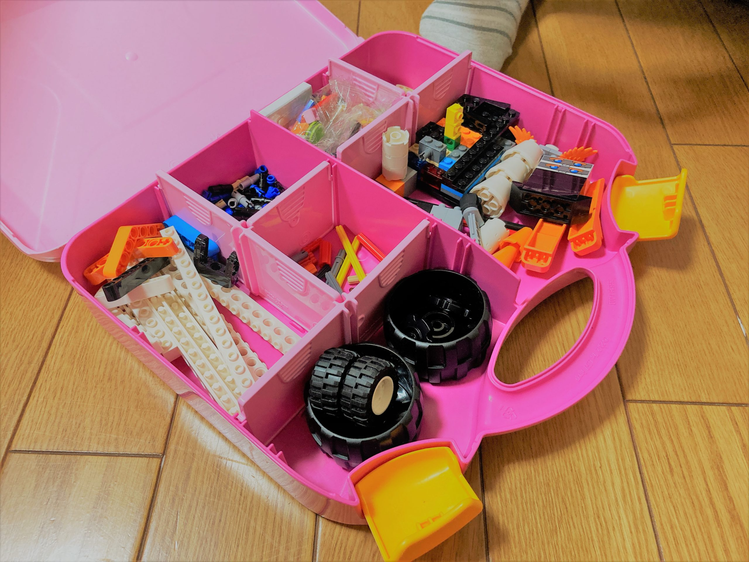 LEGOBOOSTを入れる箱